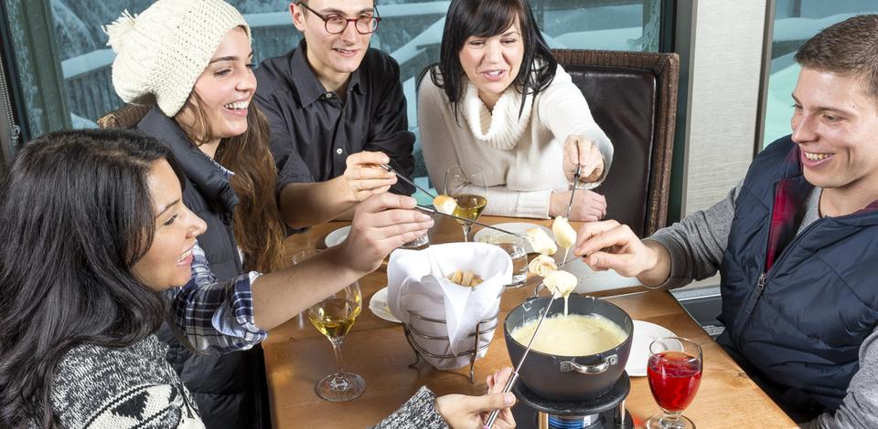 grouse mountain snowshoe fondue