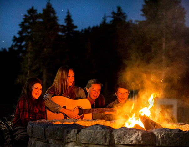 enjoy guitar music and songs every evening at Grouse Mountain