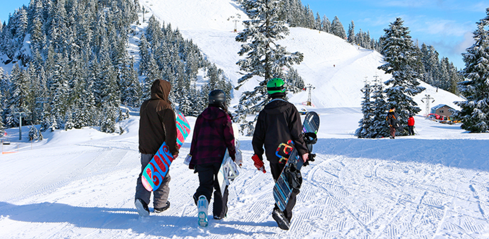 Learn to snowboard for ages 7-17 in Zone Club this winter.