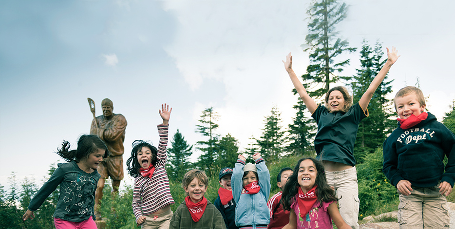 Enroll your children in Grouse Mountain Day Camps