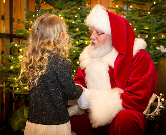 Grouse Mountain offers Breakfast with Santa through Christmas